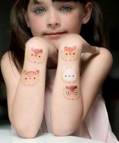 Tattoo deer auf mina-lola.com von Tattyoo