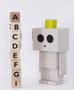 Cardboard robot and other creatures auf mina-lola.com von ohh noo