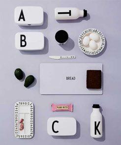Lunchboxen mit Buchstaben von Design Letters