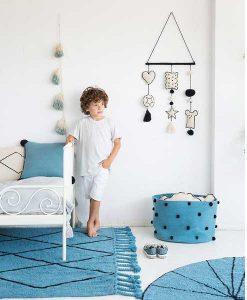 Wall Hanging Baby auf min-lola.com von Lorena Canals