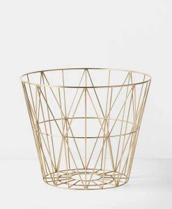 Metallkorb in Gold Medium Ferm Living auf mina-lola.com