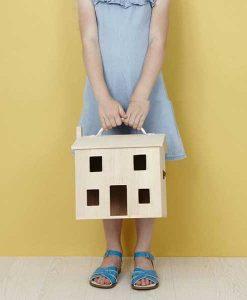 Puppenhaus Holdie House Olliella auf mina-lola.com