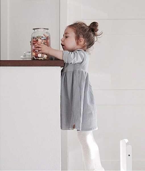 Basic Kleid Hellgrau Anni Kids auf mina-lola.com