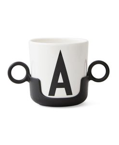Cup Handle Black Design Letters auf mina-lola.com