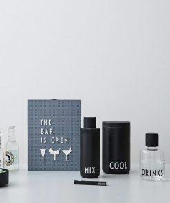 Karaffe DRINKS auf www.mina-lola.com von Design Letters