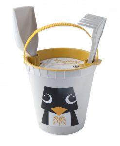 Sandspielzeug Ökologisch Pinguin auf www.mina-lola.com von Coq en Pâte éditions