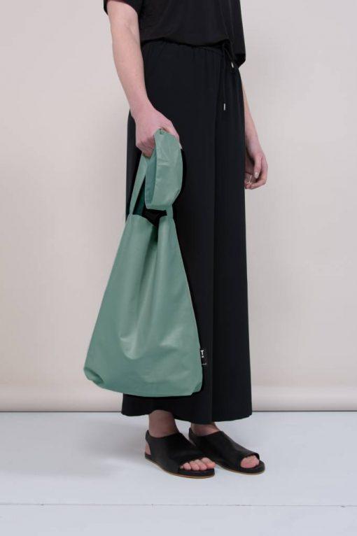 Feel Good Bag Denim Pine Green auf mina-lola.com von Tinne & Mia