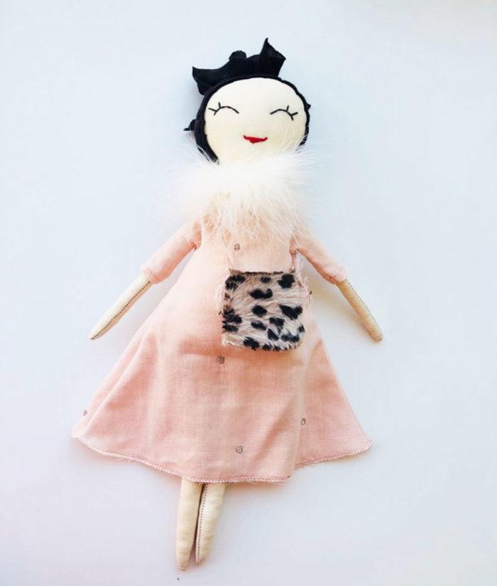 Puppe ODETTE von When is now auf www.mina-lola.com