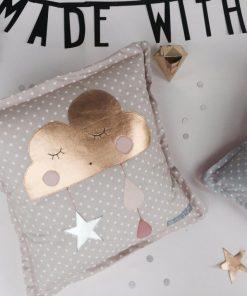 Kissen Wölkchen Gold auf www.mina-lola.com von Lilli-Marleen