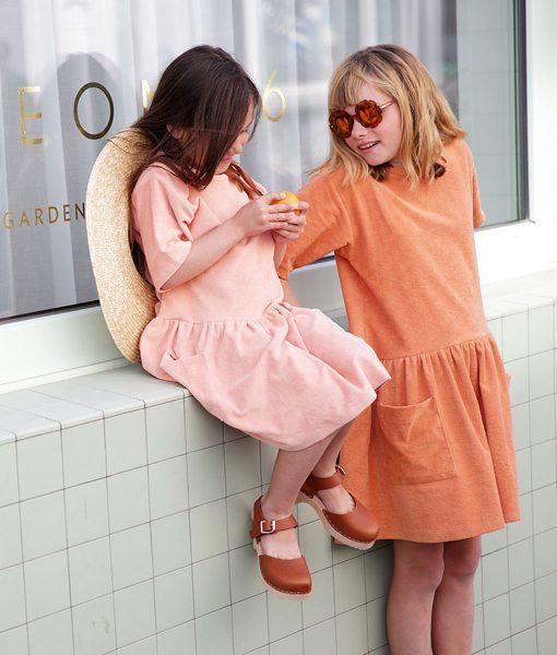 Kleider von Mingo SS19 auf www.mina-lola.com