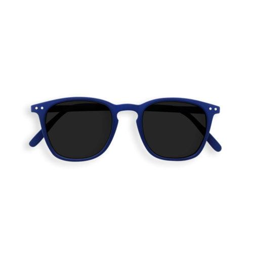 Sonnenbrille #E Navy Blue Junior Izipizi auf www.mina-lola.com