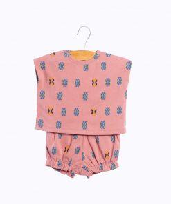 Baby Outfit Salmon Aztec auf www.mina-lola.com von Wander & Wonder
