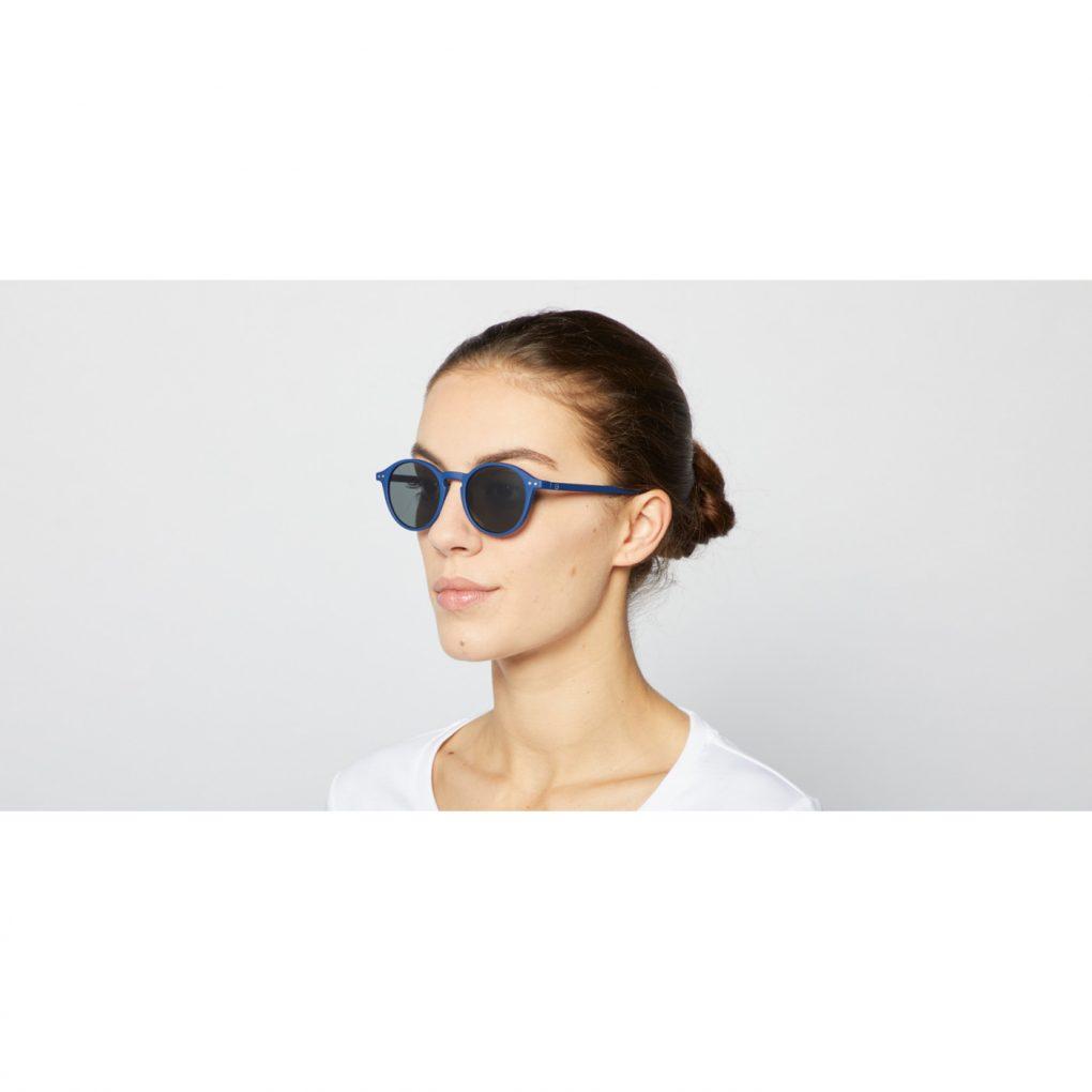 Sonnenbrille #D Navy Blue Adults auf www.mina-lola.com von Izipizi
